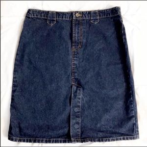 Tommy Hilfiger Dark Wash Denim Skirt, Size 11